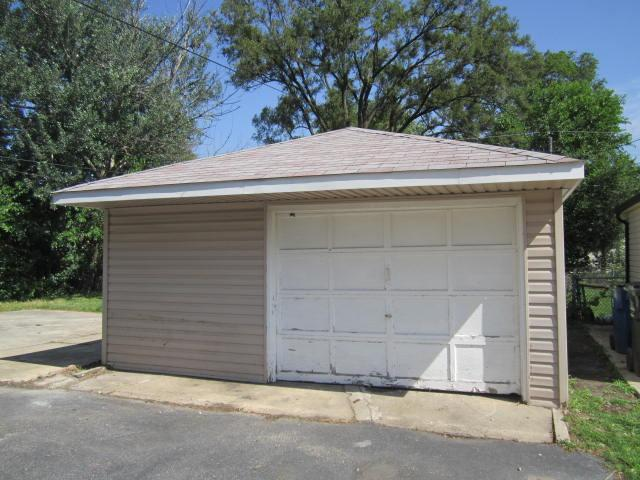 258 Village Dr, Northlake, Illinois