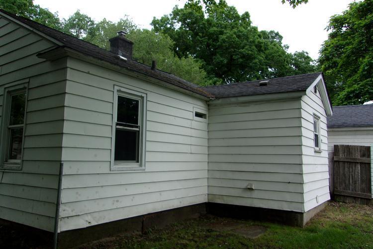 324 Lincoln St, Allegan, Michigan