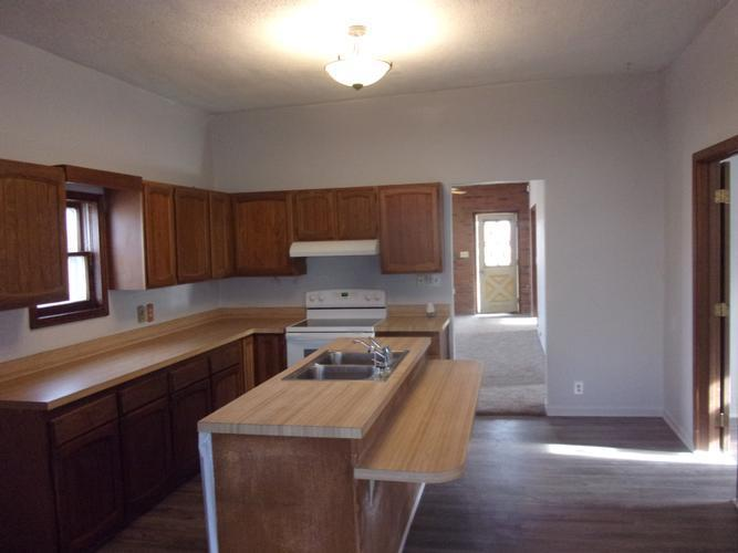 105 South Pear St, Maywood, Nebraska