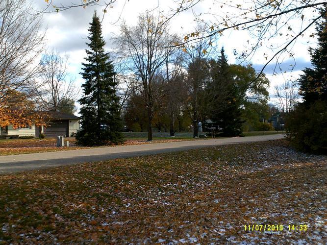 5879 Lawndale St, North Branch, Michigan