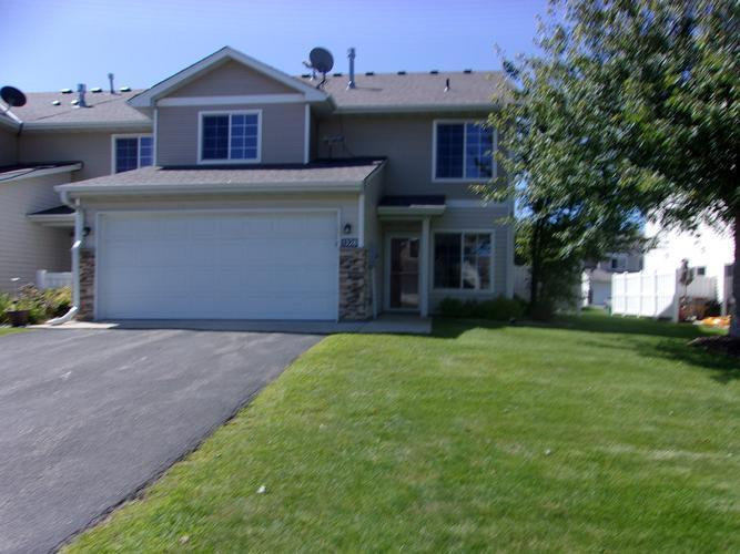 1328 Raintree Ln, Waconia, Minnesota