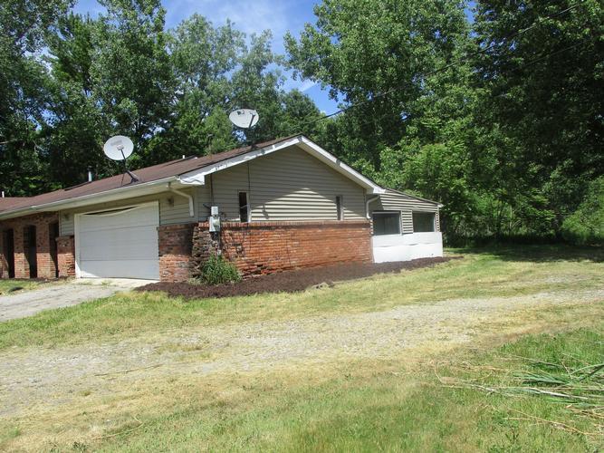26401 Sumpter Rd, Belleville, Michigan