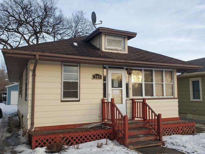 709 N 9th St, Bismarck, North Dakota