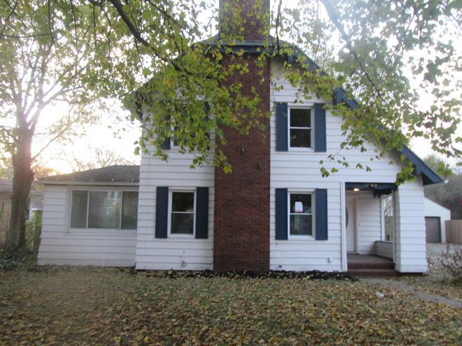 1709 College St, South Bend, Indiana