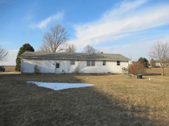 13068 Antioch Road, Tremont, Illinois