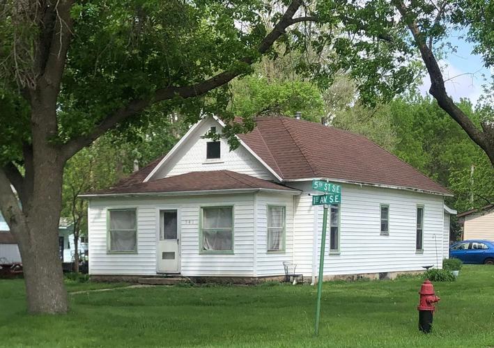 541 1st Ave Se, Glenville, Minnesota