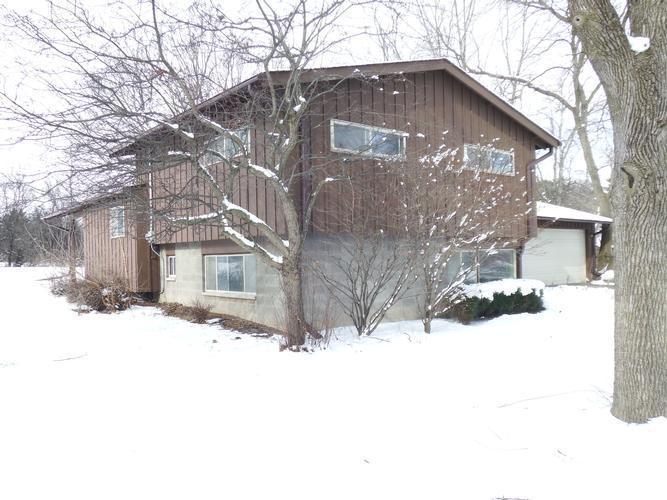 7459 N Chadwick Rd, Glendale, Wisconsin