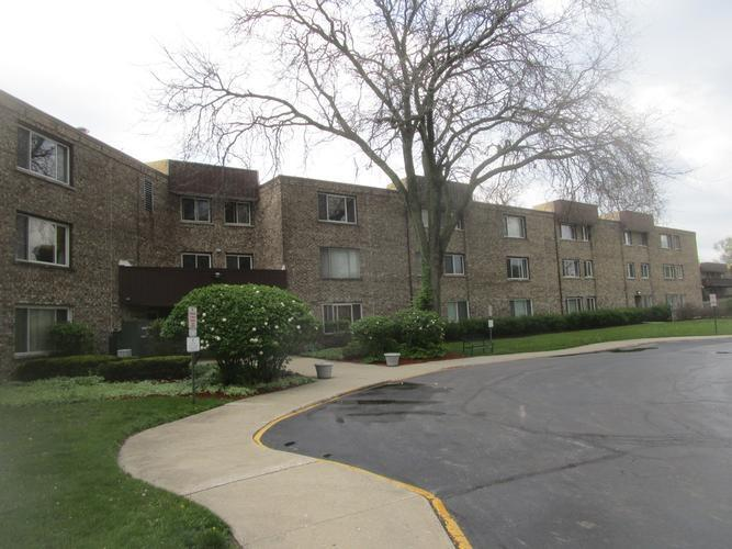 2600 Brookwood Way Dr Unit 101, Rolling Meadows, Illinois