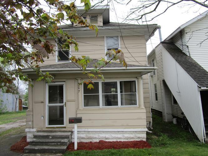 507 N Blackstone St, Jackson, Michigan