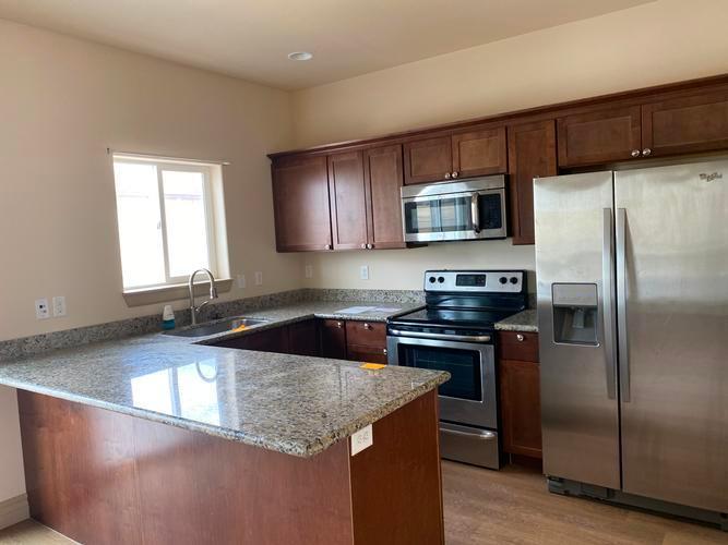 5801 Victoria Ave Unit H, Williston, North Dakota