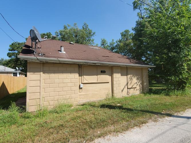365 23rd St, East Moline, Illinois