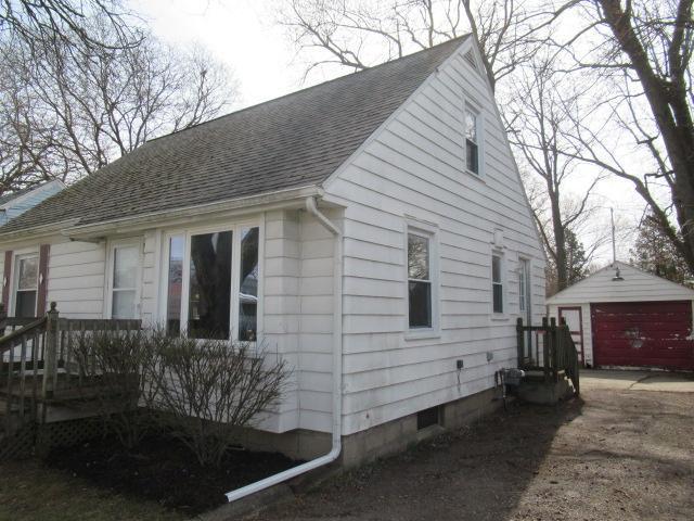1025 W Mt Hope Ave, Lansing, Michigan
