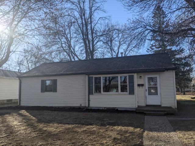 467 Hollett Street, Tracy, Minnesota