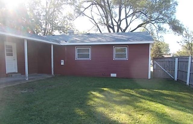 116 Hazard Rd, Carpentersville, Illinois
