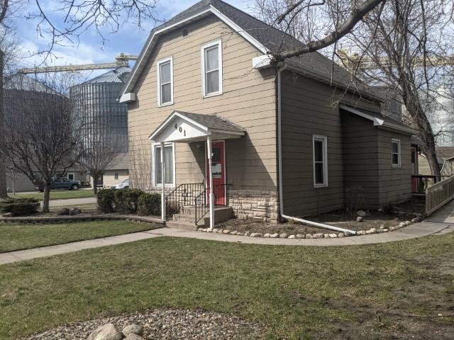 401 Dewey Avenue, Maynard, Minnesota