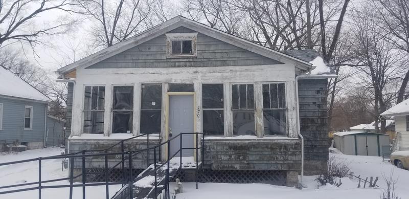 1205 S 3rd St, Pekin, Illinois
