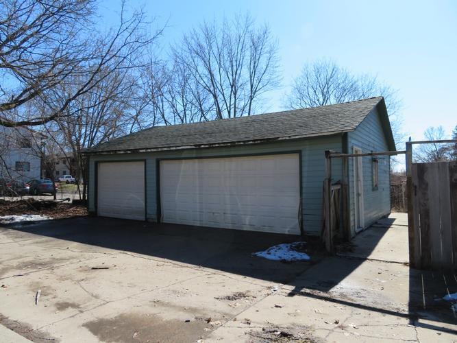 908 3rd Avenue Ne, Buffalo, Minnesota