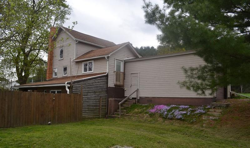 9726 Chestnut Ave Se, East Sparta, Ohio