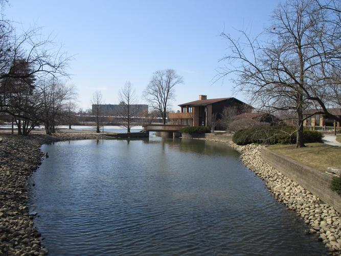 6104 Knoll Valley Dr 203, Willowbrook, Illinois
