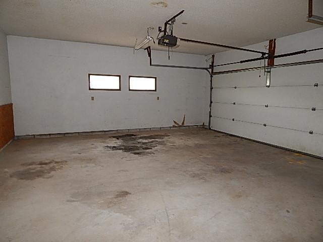 504 Sw 6th St, Stuart, Iowa