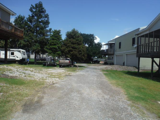 121 Pecan Ln, Port Sulphur, Louisiana