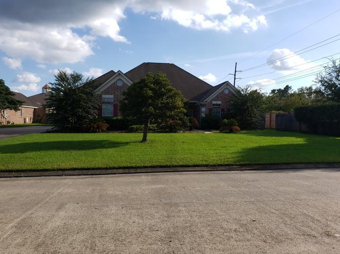 8065 Village Dr, Beaumont, Texas