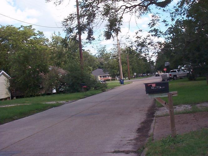 525 West Lyons Street, Sulphur, Louisiana