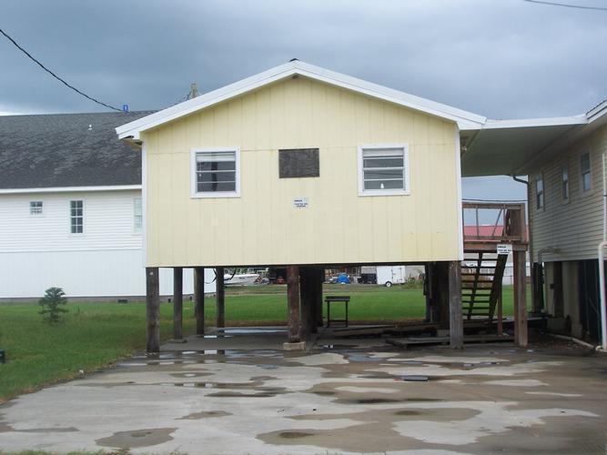 106 Blanchard Ln, Grand Isle, Louisiana