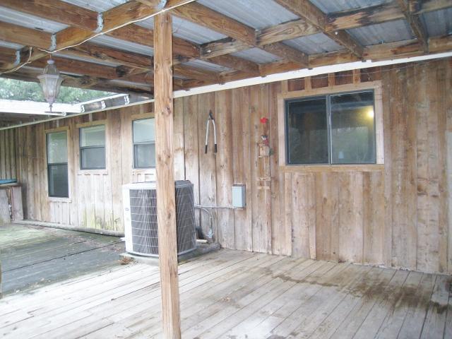 227 Becker Ln, Seguin, Texas