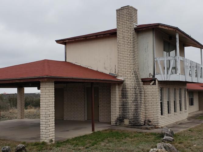 301 Arapahoe Trl, Del Rio, Texas