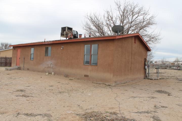 5704 Donna Alberta Dr Sw, Albuquerque, New Mexico
