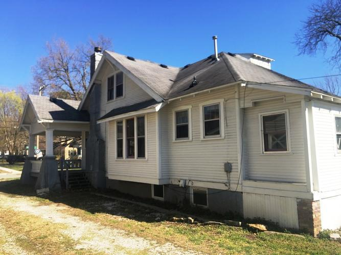 1201 S Kimbrough Ave, Springfield, Missouri