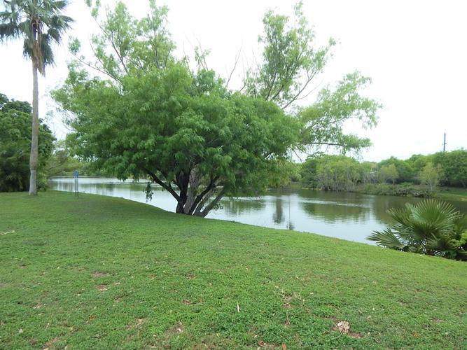 6114 Hidden Oaks, Corpus Christi, Texas