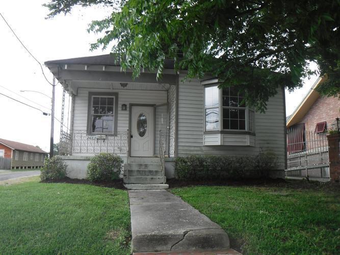 2482 Jasmine St, New Orleans, Louisiana
