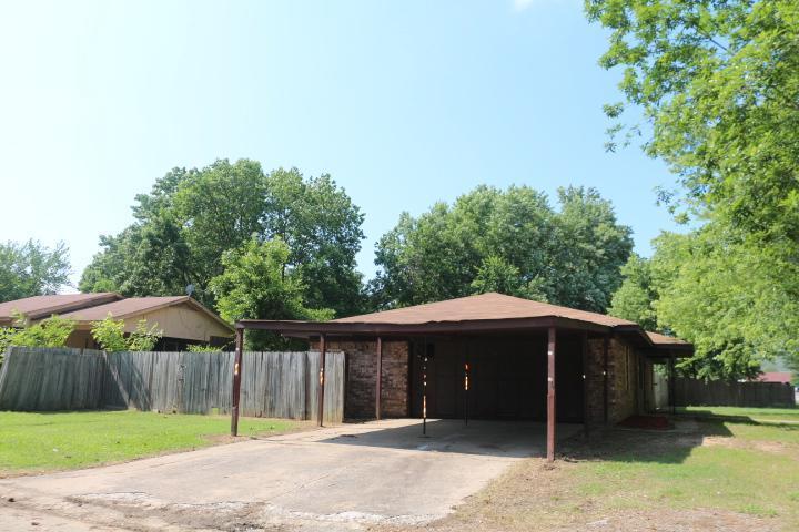105 Huntwick Dr, Greenwood, Arkansas