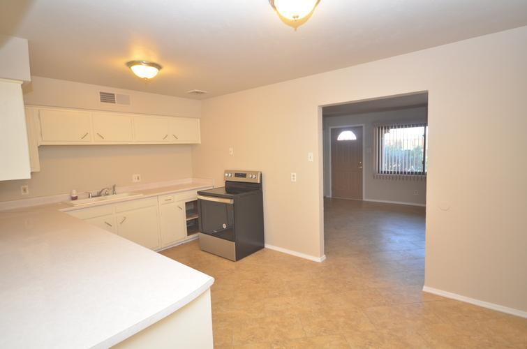 908 Washington Ave, Grants, New Mexico