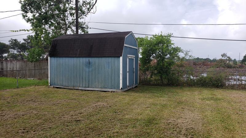 1159 Bernice Ln, Bridge City, Texas