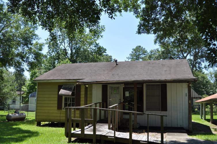 9848 Holly Drive, Lumberton, Texas