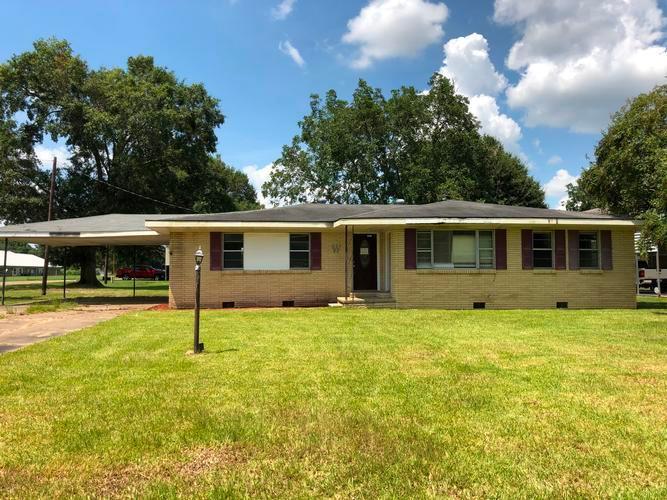 1501 Poinciana Avenue, Mamou, Louisiana