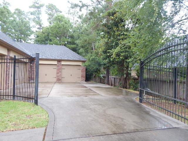 13140 Autumn Ash Drive, Conroe, Texas