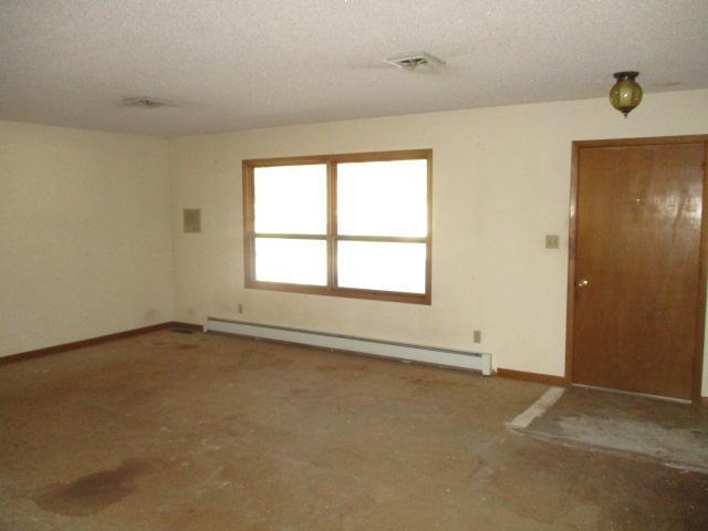 607 East C St, Hillsboro, Kansas