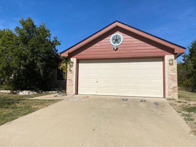 490 County Road 3432, Lampasas, Texas