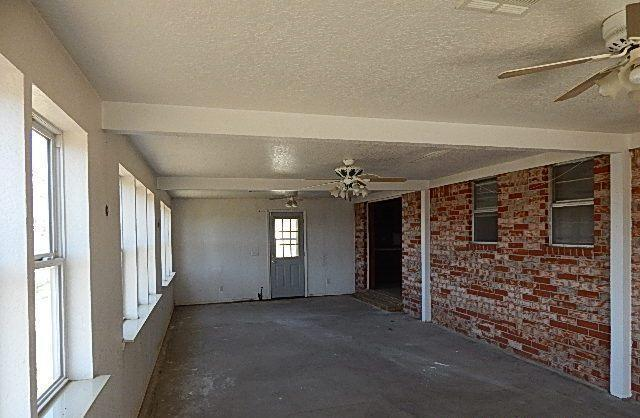 23440 N County Rd 3350, Wynnewood, Oklahoma