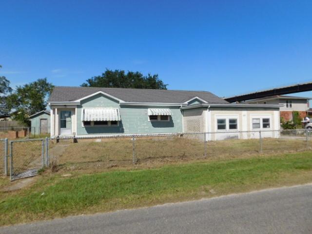 329 E 2nd St, Larose, Louisiana