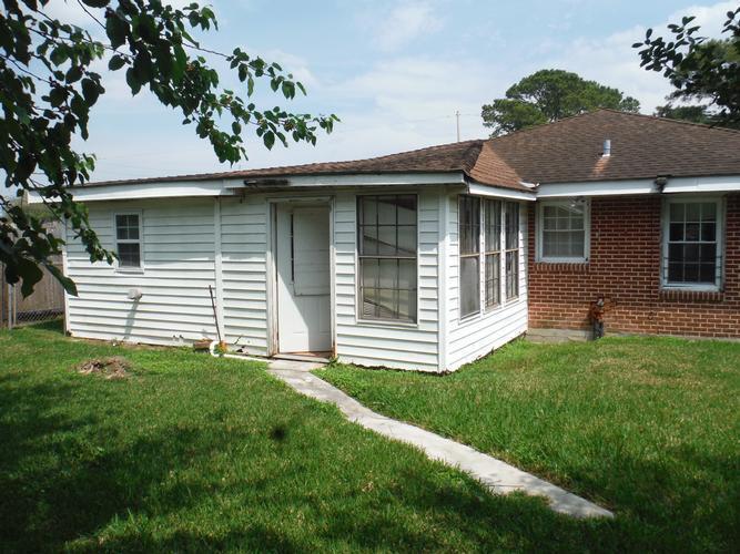 2223 Illinois Avenue, Kenner, Louisiana
