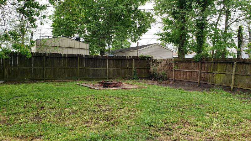 105 Staples Dr, Baytown, Texas