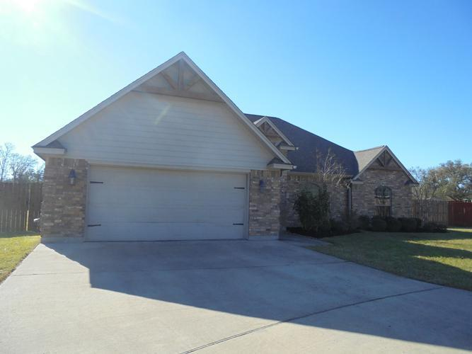 1019 Cardinal Ct, Richwood, Texas