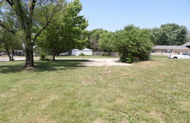 2632 Rawhide Ln, Lawrence, Kansas