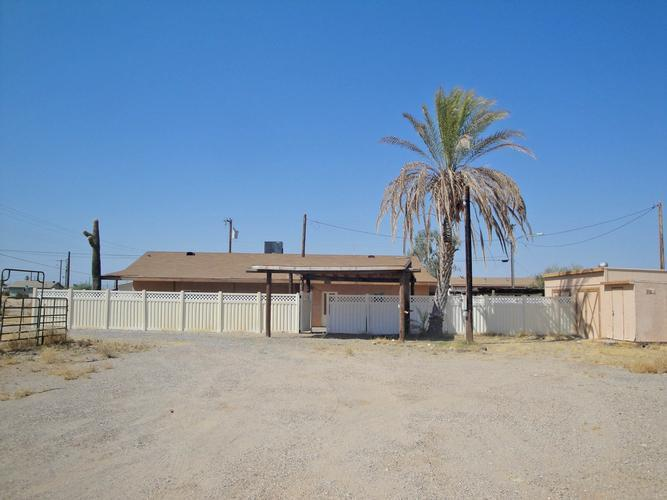 516s Desert Avenue, Parker, Arizona