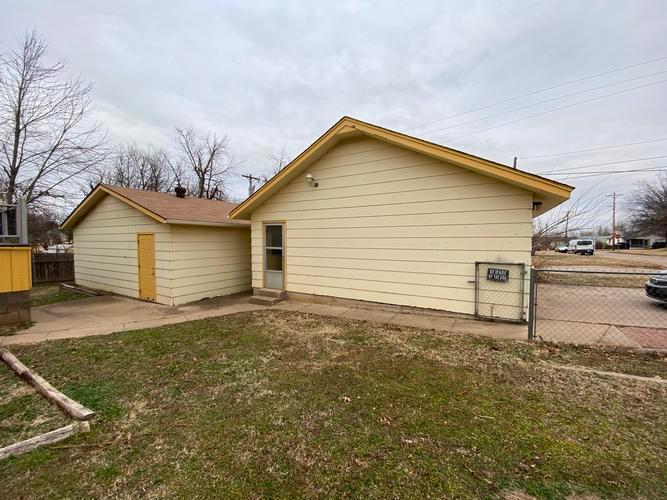 927 S 7th St, Ponca City, Oklahoma